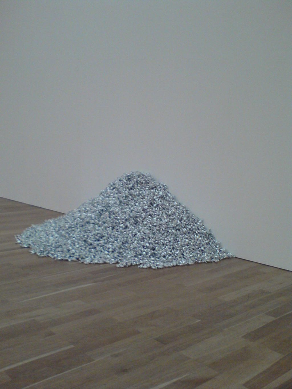 Felix Gonzalez-Torres Retrospektive - candy pills