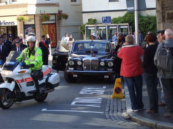 Guernsey / der Gouverneur fährt vor ...