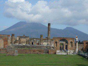 Pompeji Forum mit Blick auf Vesuv