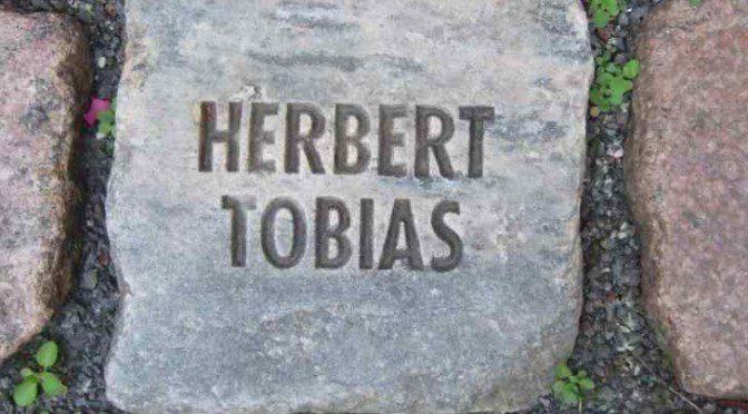 Herbert Tobias Namen und Steine Tom Fecht Bonn