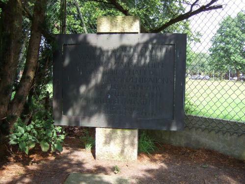 KZ Esterwegen - erster (!) Gedenkstein 1980