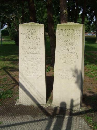 Esterwegen - Gedenksteine Gumpert 1994