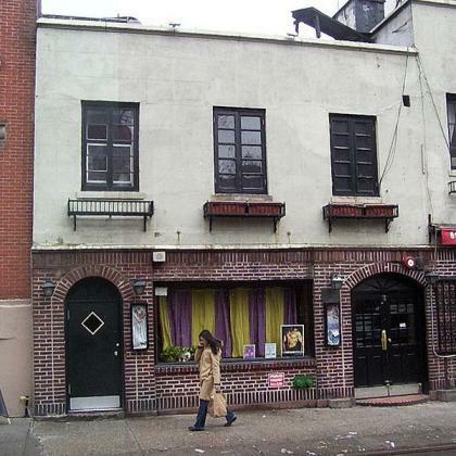 Stonewall Inn, Januar 2003 (Foto: Montrealais, Lizenz: CC-by-sa)