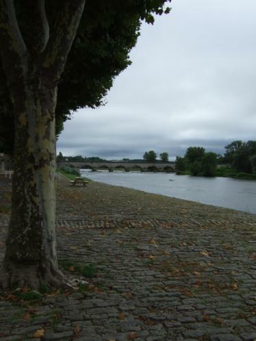 Loire-Ufer in Digoin