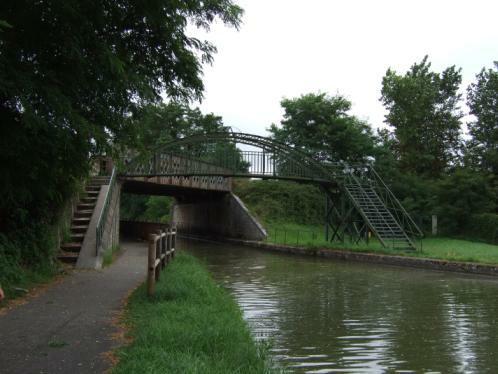 Der Zentrumskanal kurz vor seinem Ende an der Kanalbrücke