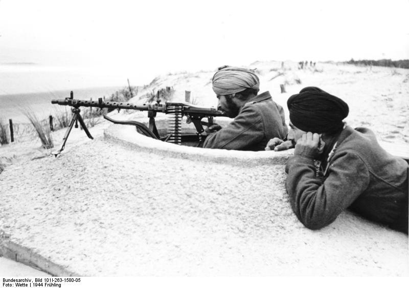 """Soldaten der Legion """"Freies Indien"""" sichern den """"Atlantikwall"""", Frühling 1944"""
