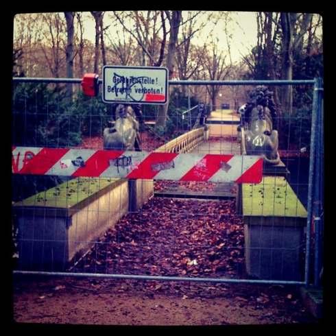 Löwen-Brücke, Berlin Tiergarten, Ende Januar 2012