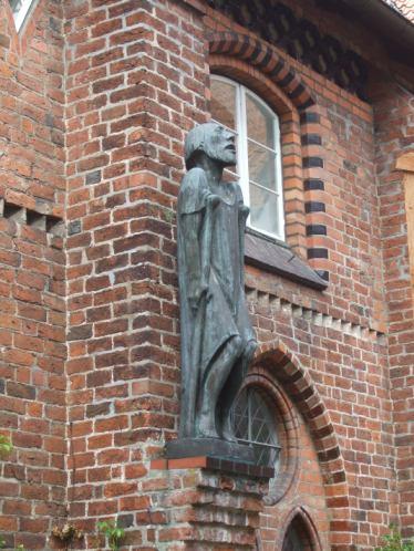 Barlach in ratzeburg: Ratzeburg Dom / Ernst Barlach 'Der Bettler' (Abguss)
