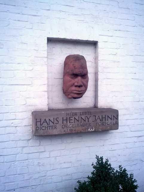 Hans Henny Jahnn Relieftafel Witthüs Hamburg Hirschpark