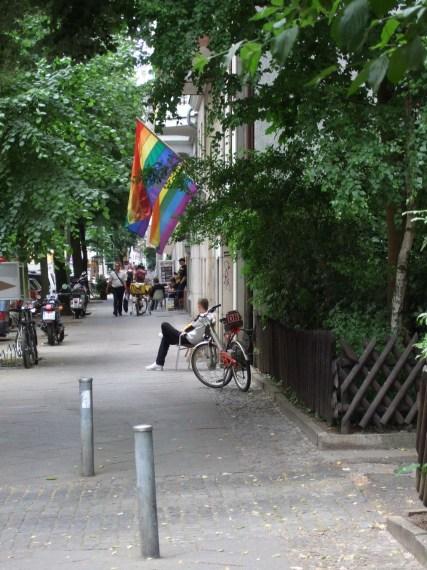 Regenbogenfahne Berlin Nollendorfstr.