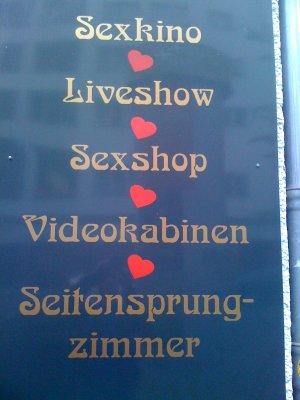Seitensprung - Zimmer (Hinweistafel an einem Pornokino in Berlin)
