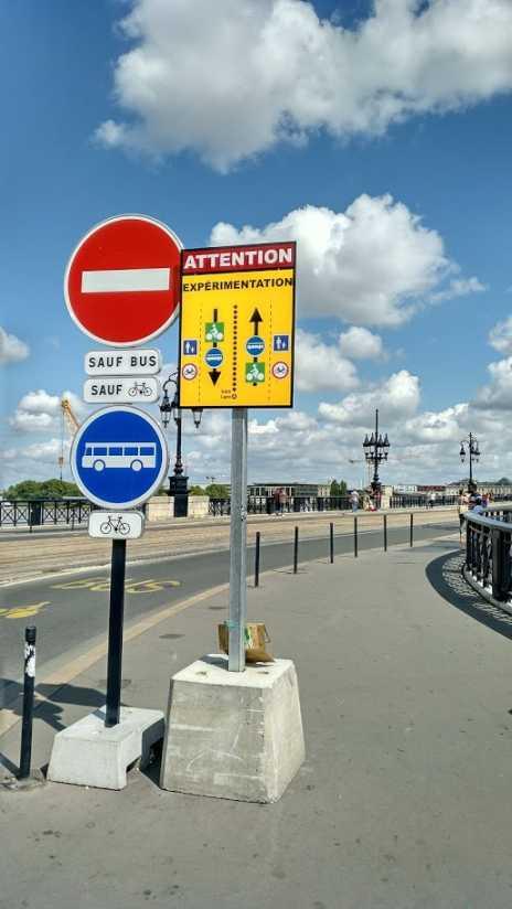 Experiment in Bordeaux 2017: pont de pierre für MIV gesperrt