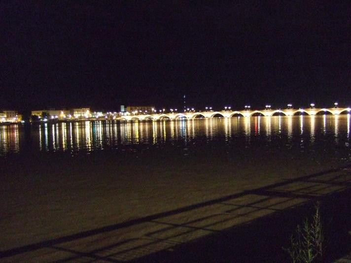 Bordeaux, pont de pierre, nachts