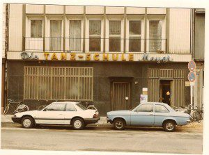noch mit Schriftzug 'Tanzschule Meyer' - Tag der SCHULZ Eröffnung, 16.3.1985