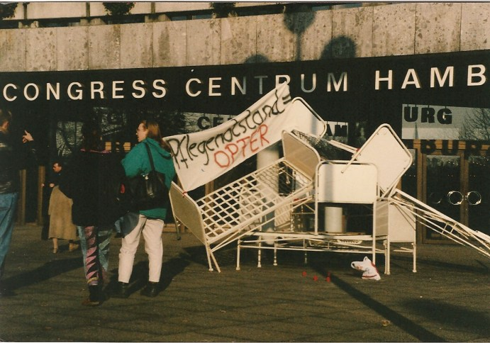 ACT UP beim 3. Deutschen Aids-Kongress 1990 in Hamburg © Foto U.K. Bäcker