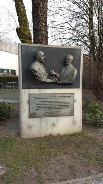 Denkmal Elysee Vertrag, Berlin