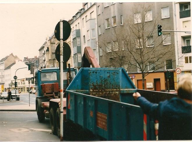 SCHULZ bei Übernahme 1984, Container