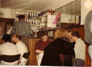 SCHULZ Eröffnung am 16. März 1985, Theke