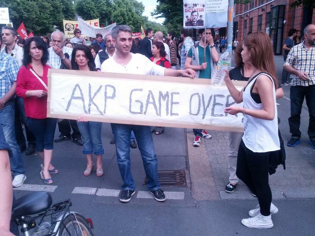 AKP Game Over