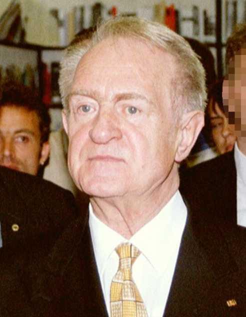 Johannes Rau auf dem Evangelischen Kirchentag 2001 (Foto: Alexander Blum; Auszug; gemeinfrei)