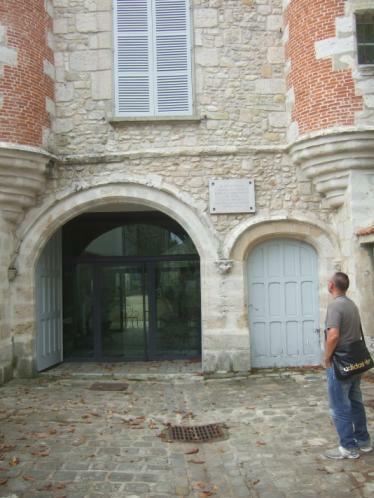 Jean Cocteau Haus Fassade