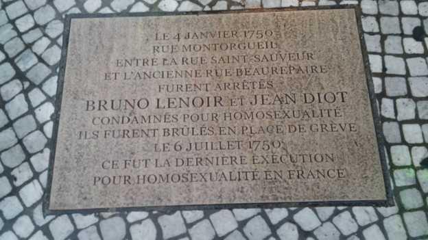Gedenktafle an die letzte Hinrichtung wegen Homosexualität in Paris 1750 (Foto: V.Z.)