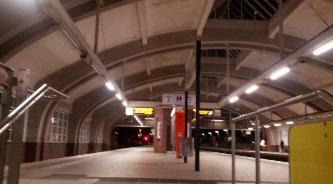 Hamburg Volksdorf U-Bahn Station innen Dezember 2013