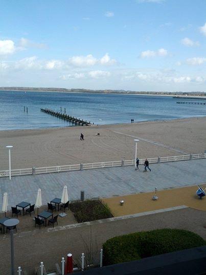 Travemünde, Blick auf die Ostsee am Nachmittag, 9. April 2014