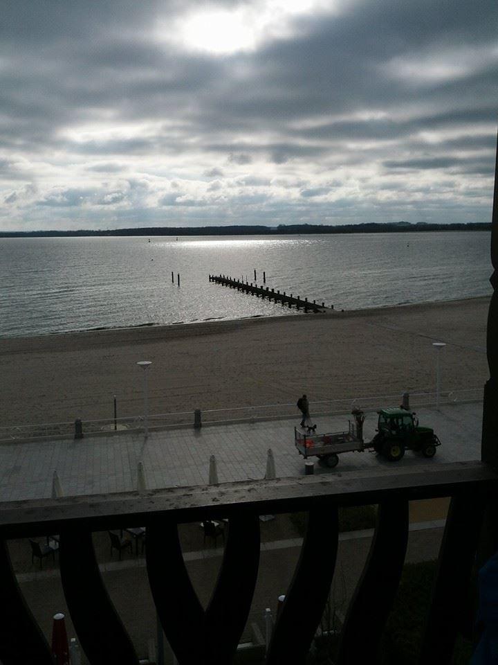 Travemünde, Blick auf die Ostsee am Morgen, 9. April 2014