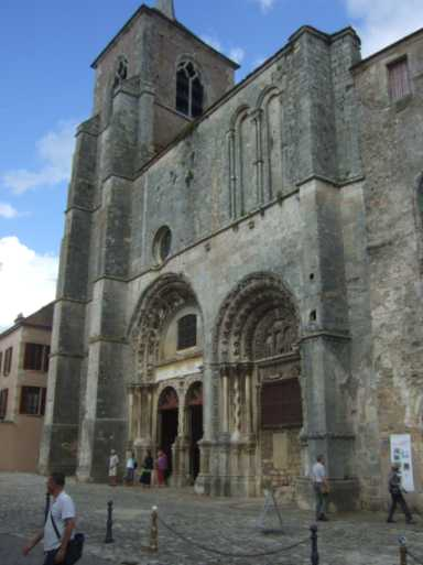 Avallon Stiftskirche St. Lazare