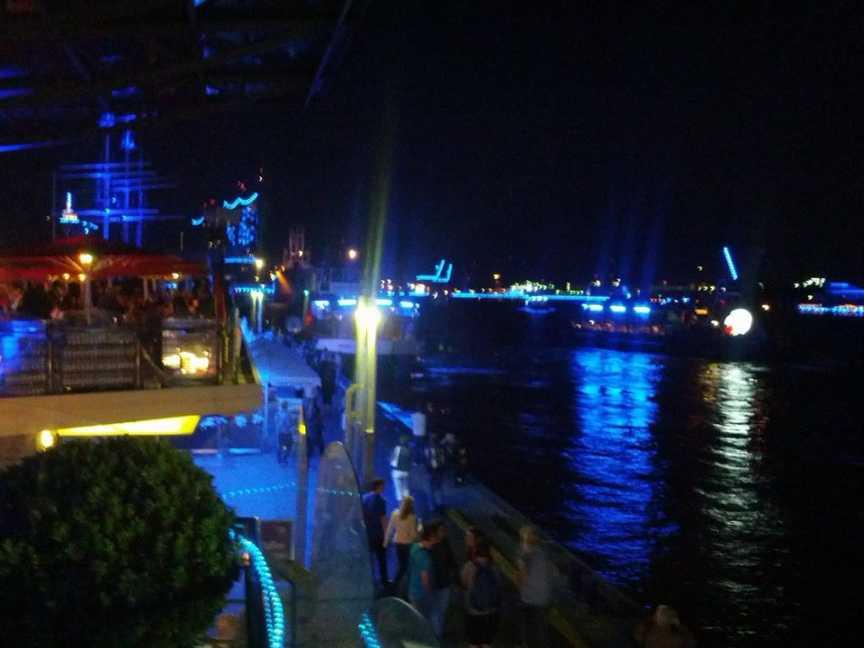Blue Port Hamburg 2014 - Blick vom Biergarten Landungsbrücken
