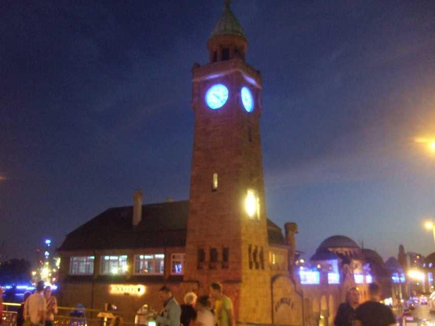 Blue Port 2014 - Uhrturm der ehemaligen Abfertigungshalle