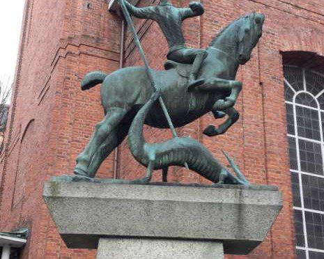 Reiterstatue Heiliger Georg als Drachentöter / Gerhard Marcks 1959