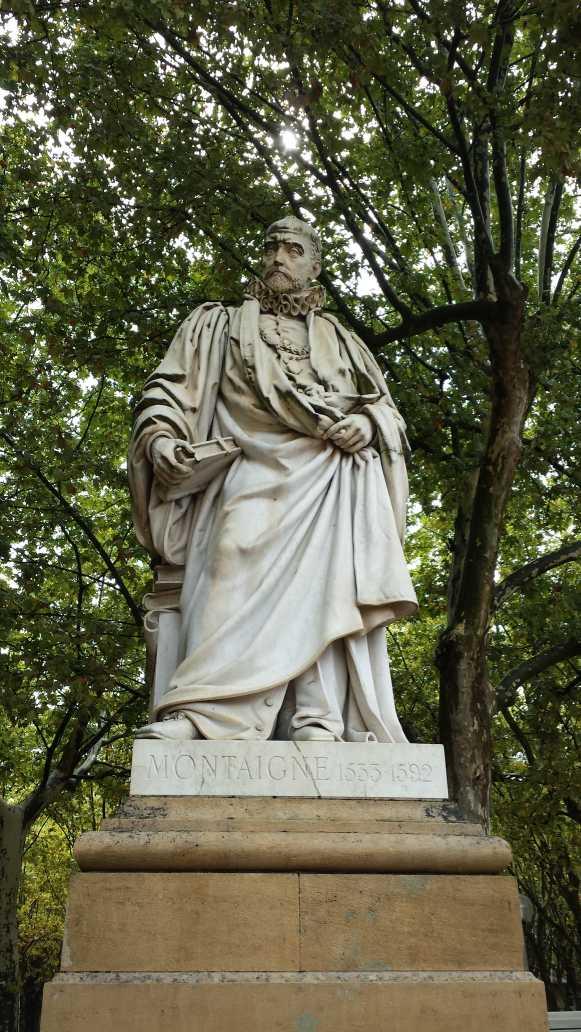 Denkmal für Michel de Montaigne, Bordeaux place des Quinconces