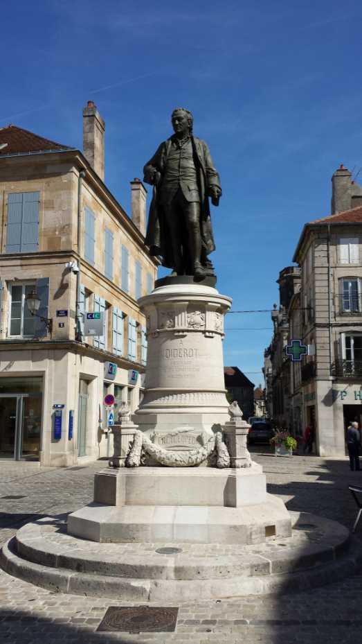 Denis Diderot Denkmal in seiner Geburtsstadt Langres