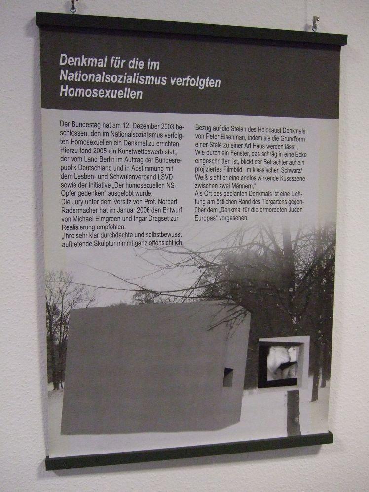 Potsdam Ausstellung Homosexuellenverfolgung 1933-45 (2009; Tafel Denkmal)