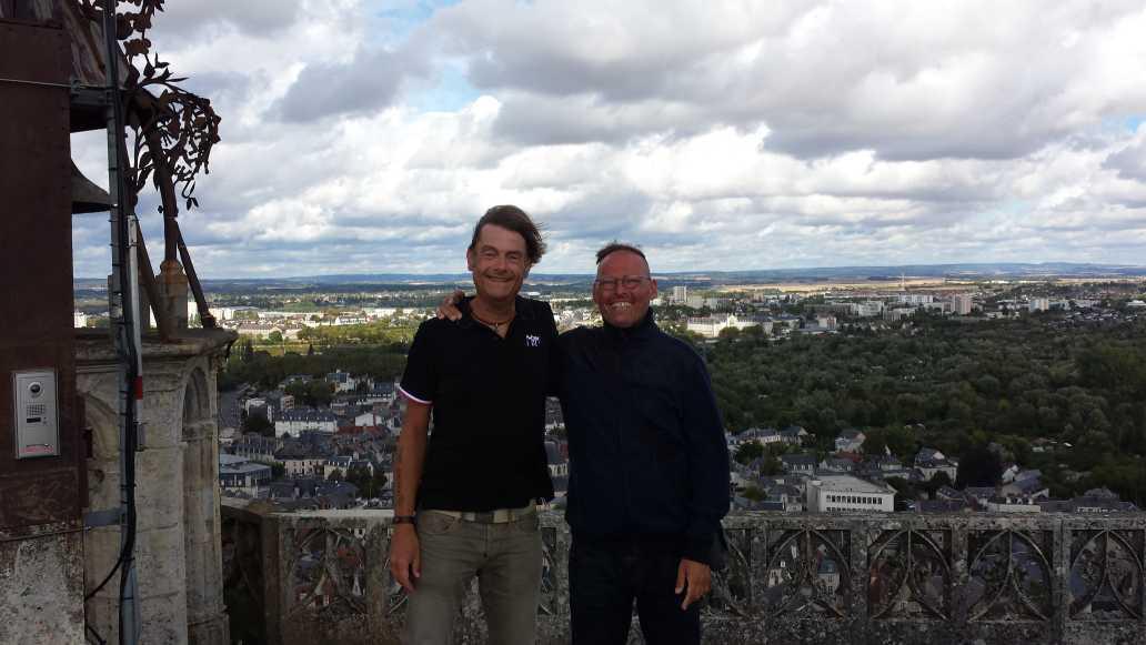 2mecs in Bourges - Frank und Ulli auf dem Dach des Turms der Kathedrale von Bourges 2016