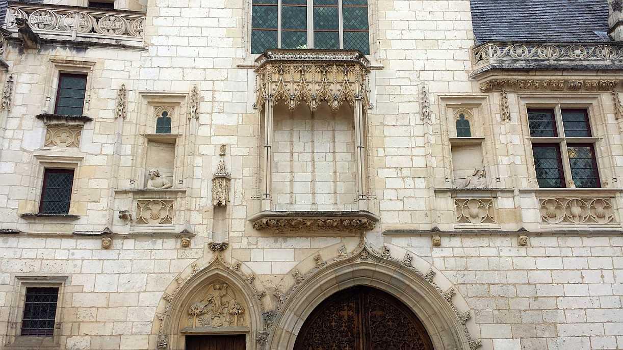 Palais Jacques Coeur, Eingang zum Hof