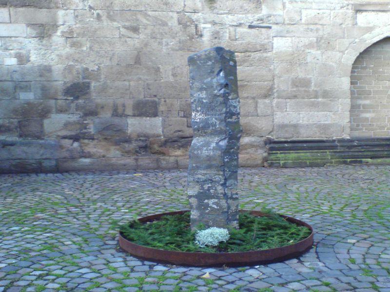 Aids Gedenken - Aids Stele Koeln 2006