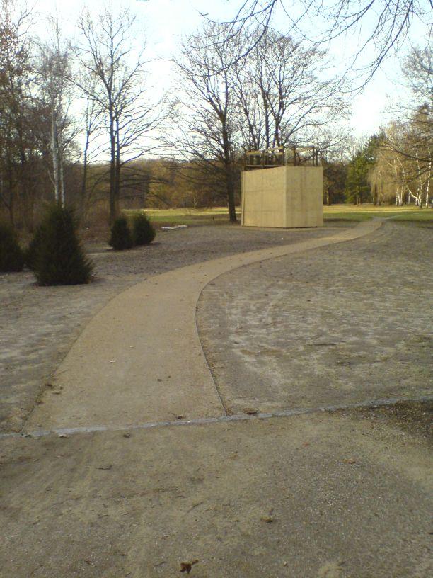 Denkmal für die im Nationalsozialismus verfolgten Homosexuellen fertiggestellt