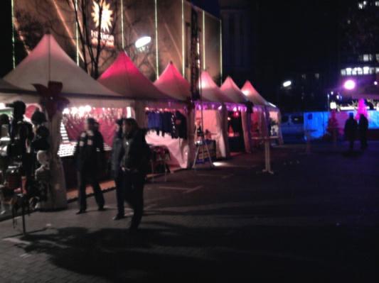 Pink Christmas - schwuler Weihnachtsmarkt Berlin 2009