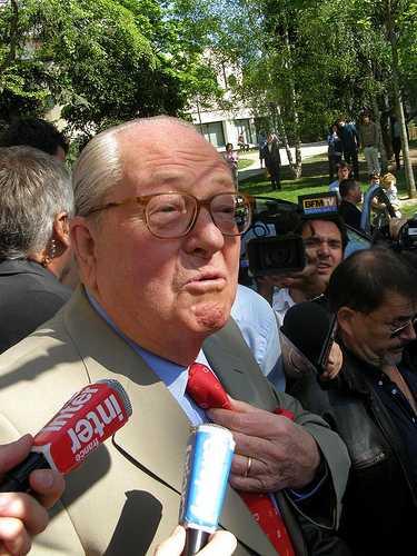 Jean-Marie Le Pen im Jahr 2007 (Foto bkbinfrankrijk, Lizenz cc by-sa 2.0)