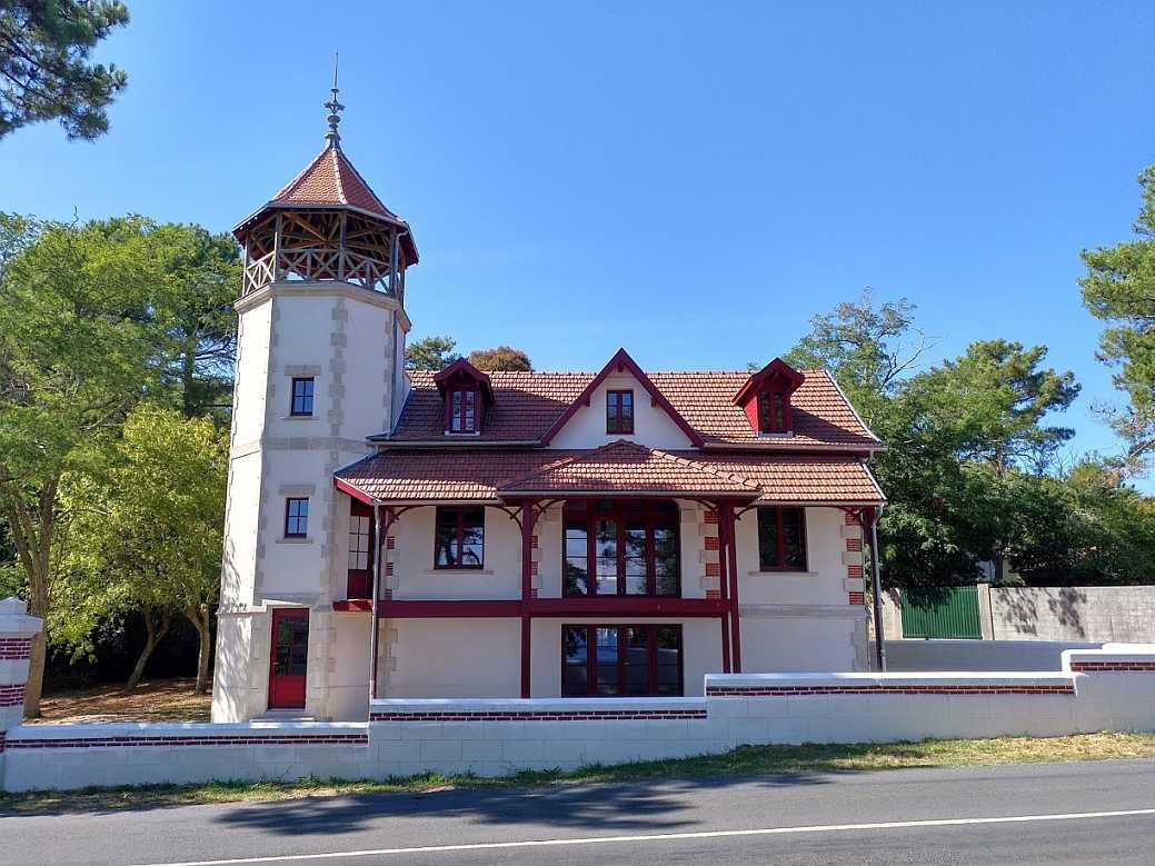 Maison du Commandant Villa Tour des Pins Le Moutchic Lacanau August 2018