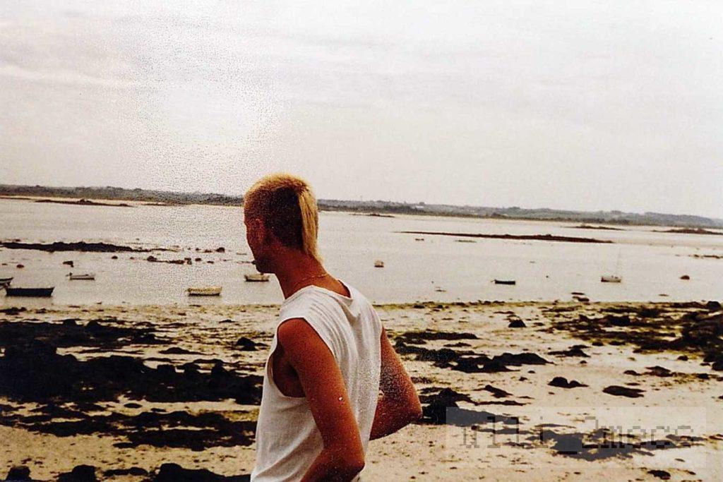Selbstbild mit Zopf Juni 1987 Foto Ulrich Würdemann CC BY 4.0