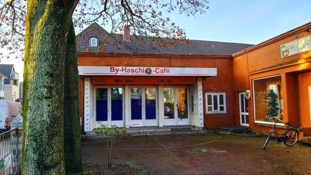 Tanzdiele, Kino, und jetzt Billard-Halle und Café - der einstige Lindenhof Oldenburg Nadorst