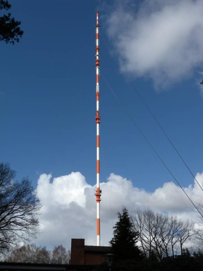 Fernsehturm Steinkimmen - Sender Steinkimmen des Norddeutschen Rundfunks im März 2012 - DigiAndi - Eigenes Werk - Lizenz CC BY-SA 3.0